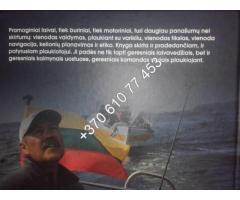 """Artūro Dovydėno knyga """"Pramoginiai laivai"""""""